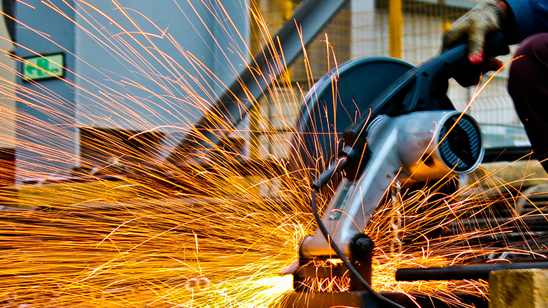 How AR and IIoT Are Transforming Manufacturing