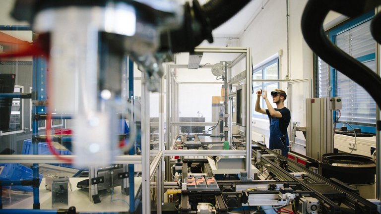 Factory 4.0 Is Transforming the Traditional Manufacturing Model